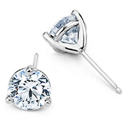 3-prong Round Brilliant Cut Diamond Earrings